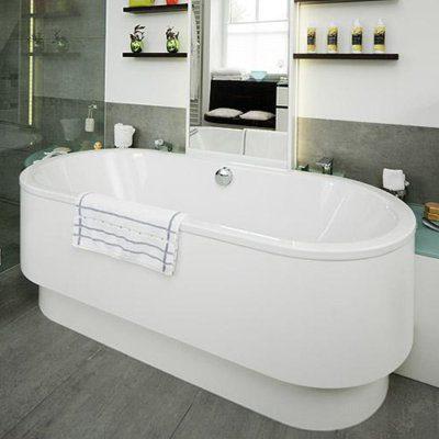 Architektonisches Schmuckstueck freistehende Badewanne